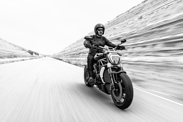 Ducati-x-diavel-2