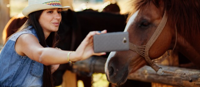 Selfie with Animals: Drawing the Line Between Taking Harmless Photos and Selfish Selfies