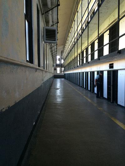 prison-598851
